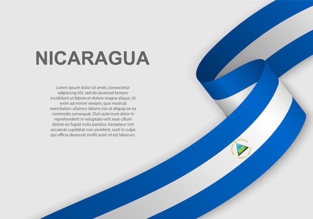 Sventolando la bandiera del nicaragua.