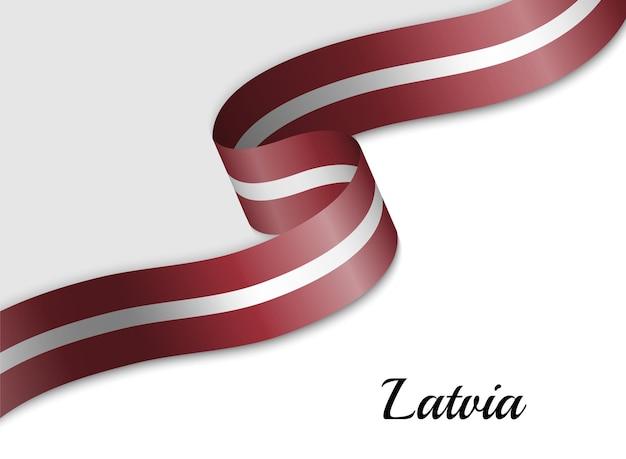Sventolando la bandiera del nastro della lettonia