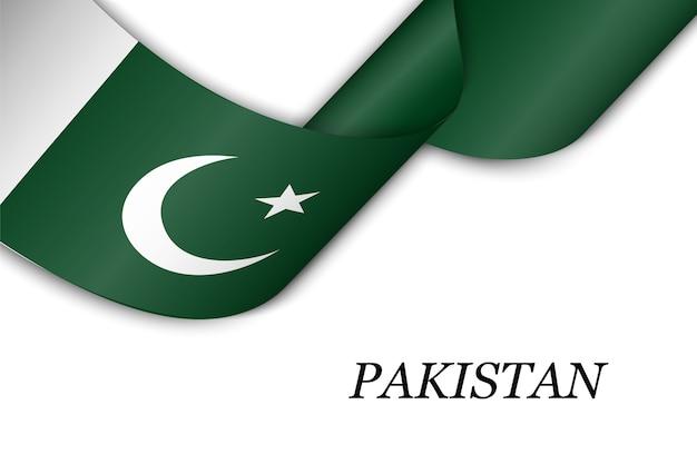 Sventolando il nastro con la bandiera del pakistan.