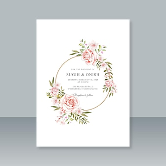 Modello di partecipazione di nozze con decorazione floreale ad acquerello