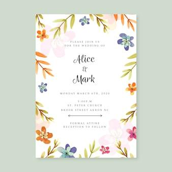 Modello di invito di nozze con disegno floreale