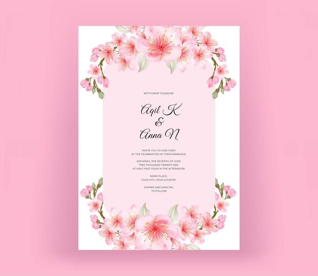 Invito a nozze con bellissimi fiori di ciliegio