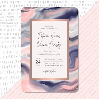 Invito a nozze con sfondo rosa trama marmo blu. Vettore Premium
