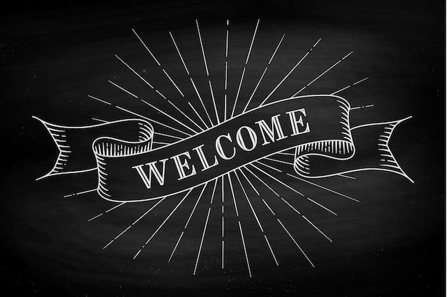 Benvenuto. elemento di design disegnato a mano. insieme di vecchia bandiera del nastro dell'annata con la parola benvenuto nello stile dell'incisione su una priorità bassa e una struttura della lavagna nera.