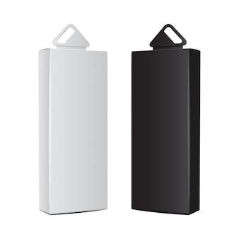 Scatole di cartone bianche e nere con foro per appendere in plastica. imballaggio realistico. scatola del software