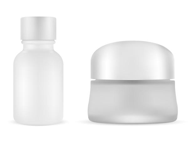 Vasetto crema cosmetica bianco. set vuoto per fiala di siero. contenitore per burro in vetro opaco con tappo in plastica. bottiglia per fondotinta opaco, tappo argento. flacone scrup, bagno, cura della pelle. barattolo di polvere isolato