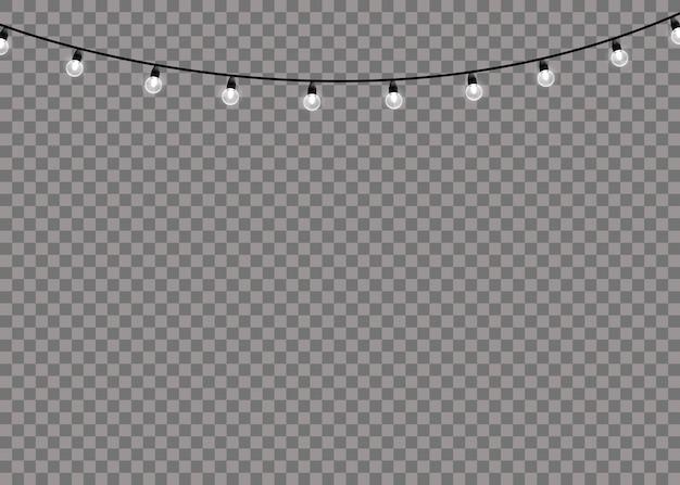 Lampada a luce bianca bagliore su stringhe di filo isolato sfondo trasparente. decorazioni di ghirlande.