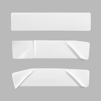 Set di adesivi rettangolari stropicciati incollati bianchi mock