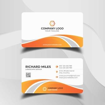 Modello di biglietto da visita bianco e arancione