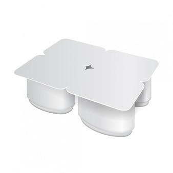 Confezione in plastica bianca per yogurt, panna, dessert o marmellata. forma ovale confezione da quattro. modello di imballo realistico
