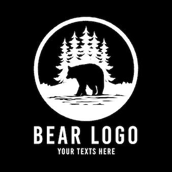 Logo vintage animale di orso selvaggio avventura