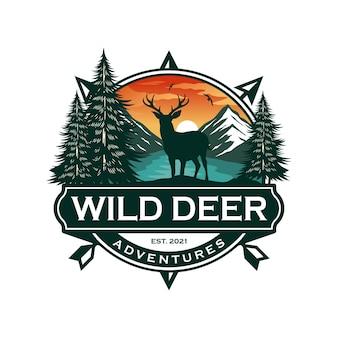 Distintivo di cervo selvatico e modello di vettore di progettazione del logo