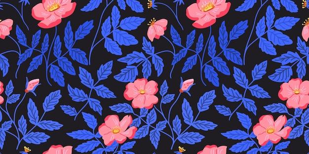 Modello di rose selvatiche, rami decorativi e trama di fiori. foglie blu, fiori rosa su sfondo scuro