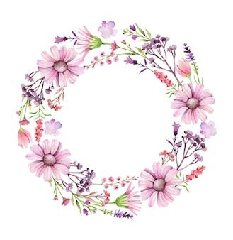 Corona rotonda di fiori di campo isolata su bianco