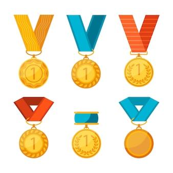 Vincitore di medaglie con poster di nastri rossi, blu e gialli. collezione colorata di cerchi d'oro con il primo numero. premi piatti rotondi per coloro che vincono le competizioni