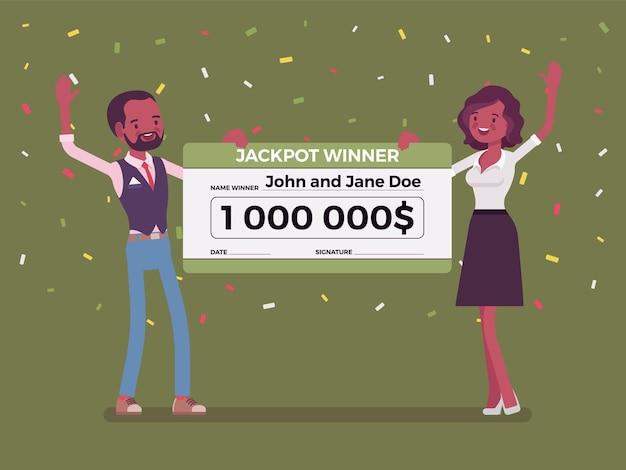 Biglietto della lotteria vincente, coppia nera felice con un assegno gigante giant