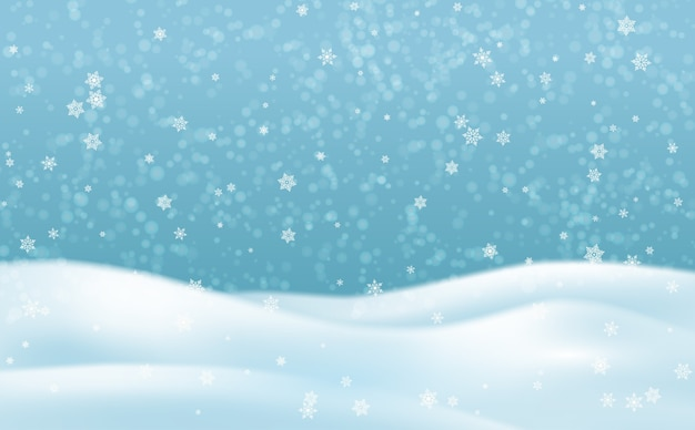 Paesaggio invernale innevato con cielo e fiocchi di neve