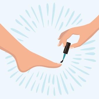 Piedi della donna e spazzola della tenuta della mano con smalto per unghie
