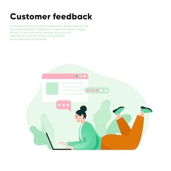 Donna che lascia una recensione usando il computer portatile. revisione online del feedback dei clienti. testimonianze, feedback, valutazione. illustrazione piatta.