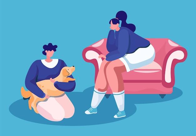 Donna che si siede sul divano accogliente e uomo con il simpatico cane in mani sul pavimento isolato felice proprietari di animali domestici