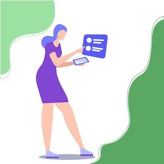 La donna utilizza l'applicazione mobile nel parco. lavora online