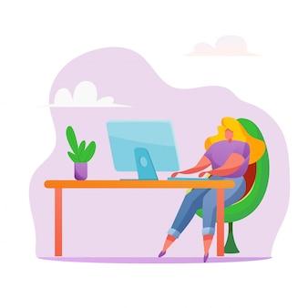 Donna che lavora alla scrivania. ragazza free lance a casa, lavoro a distanza.