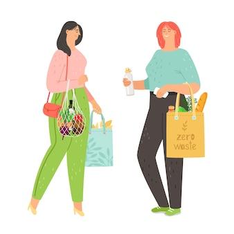 Donne con prodotti ecologici naturali in borsa di lino e una borsa di stringa