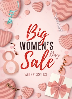 Manifesto verticale di grande vendita di womens day. modello di disegno astratto rosa con fiocco blu cuori caramelle realistiche, nastri e una confezione regalo.