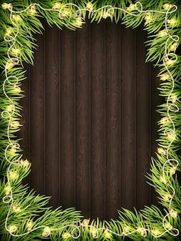 Fondo in legno con albero di abete di natale.