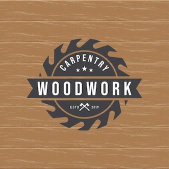 Modello di logo ingranaggio lavorazione del legno