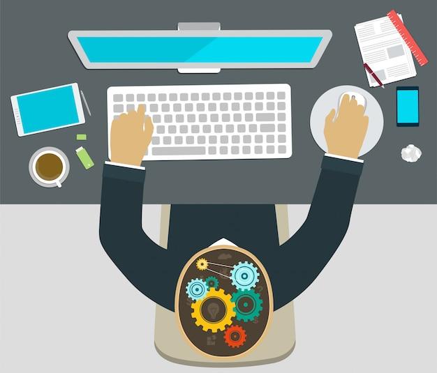 Lavorare al computer, brainstorming, uomo sul posto di lavoro