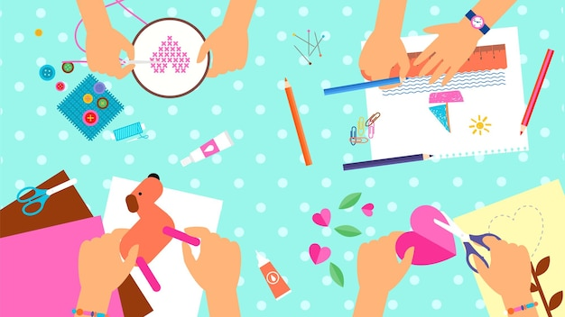 Workshop. laboratorio creativo per bambini, lezione fatta a mano. vista dall'alto di classi di scuola materna. le mani fanno arte illustrazione vettoriale