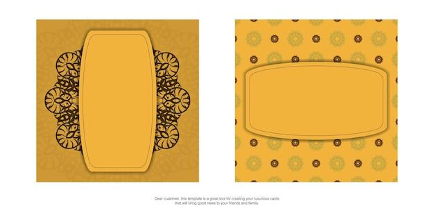 Brochure di colore giallo con ornamenti marroni indiani per il tuo design.