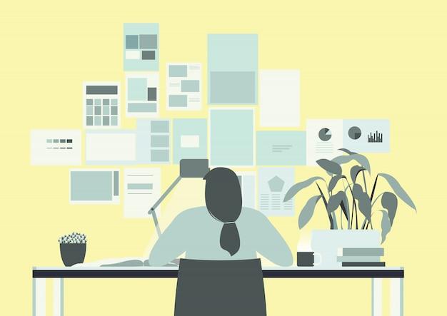 Stanza gialla dell'ufficio con l'illustrazione di lavoro della donna lunga dei capelli
