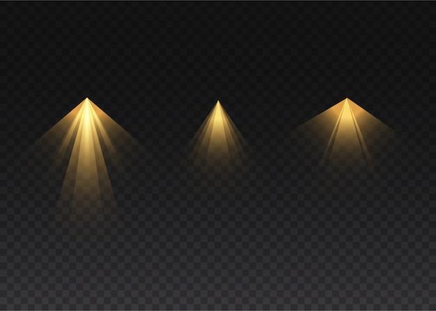 Il riflettore giallo brilla sul palco. luce effetto luce flash uso esclusivo dell'obiettivo. luce astratta da una lampada o un riflettore. scena illuminata. podio sotto i riflettori.