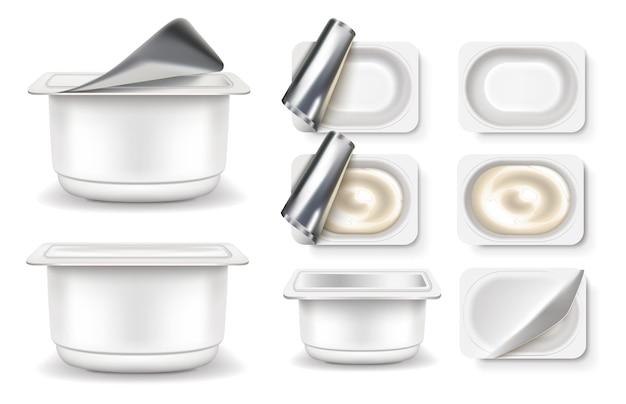 Set di icone di yogurt. confezionamento le confezioni di prodotti a base di latte fermentato sono vuote e piene.