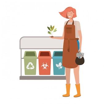 Giovane giardiniere con il carattere di avatar di cestini di riciclaggio