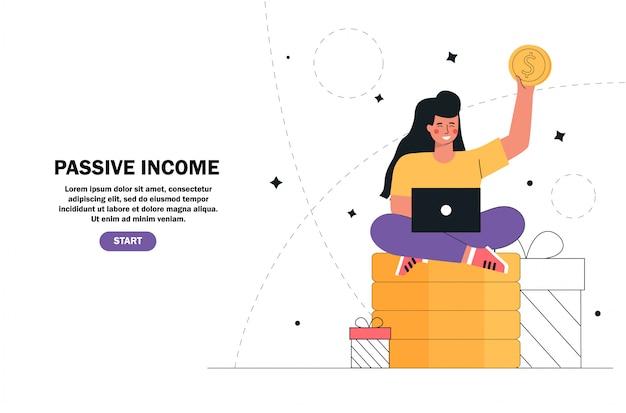 Ragazza che si siede sui soldi di una pila, monete di oro con il computer portatile, reddito passivo, investimento, risparmio di finanza, indipendente, lavoro distante.