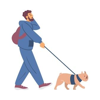 Giovane che cammina con il suo cane e parla con un'illustrazione piatta di vettore del telefono isolata