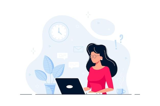 La giovane donna alla scrivania sta lavorando al computer portatile. illustrazione in stile piatto.
