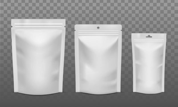 Pacchetto zip. sacchetti di alluminio vuoti di diverse dimensioni, bustina di plastica per caffè, caramelle o noci. imballaggio per mockup isolati di vettore pubblicitario