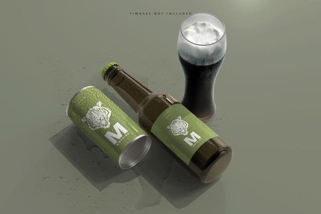180 ml mini frisdrank of bierblikje en fles met waterdruppels mockups