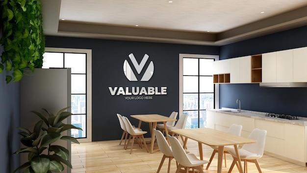 3d-logomodel in kantoorpantry met blauwe muur