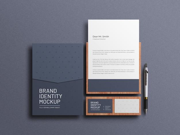 A4 envelop met briefpapier set mockup