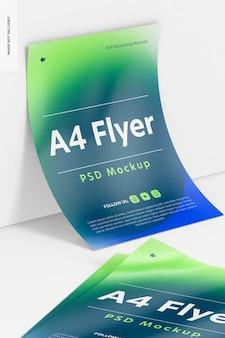 A4-flyermodel, leunend