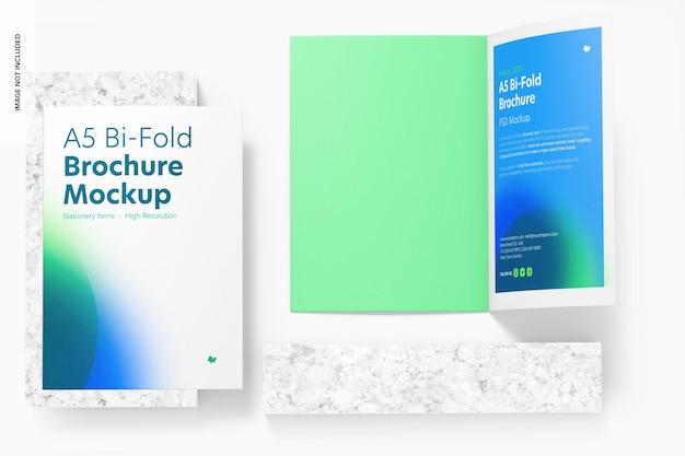 A5 bi-fold brochures mockup, bovenaanzicht