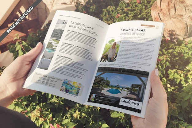A5-brochure in handenmodel