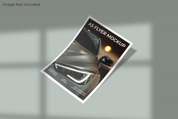 A5 flyer mockup met schaduw