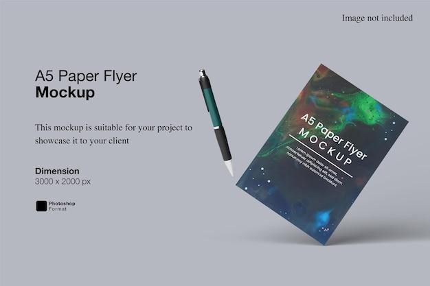 A5-papier flyer mockup ontwerpweergave
