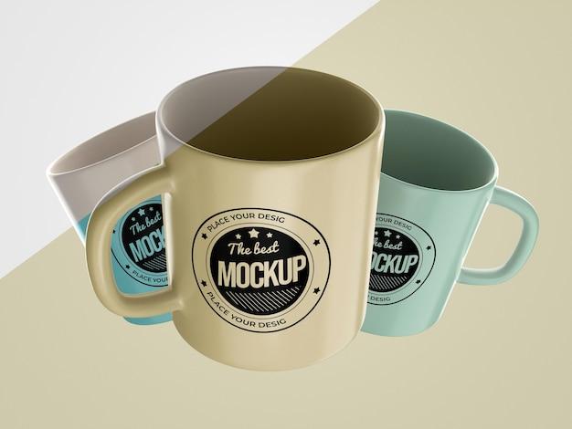 Abstracte mock-up merchandise met mokken